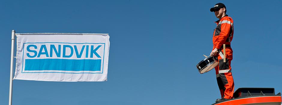 03 Banner Sandvik 03